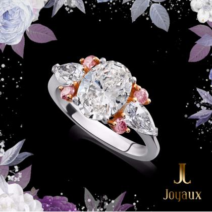 Oval Diamond Ring With Pink Diamonds