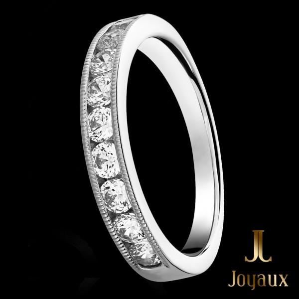 Channel Set Diamond Eternity Ring 0,69cttw.