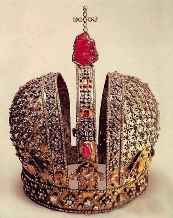 Турмалин в короне